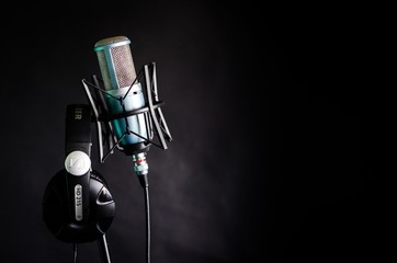 Студийный микрофон 4