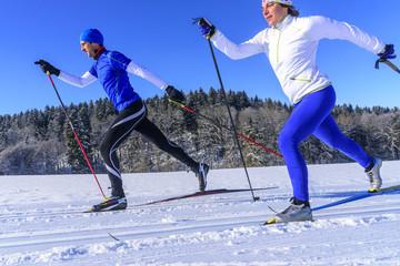 sportlich und elegant Langlaufen