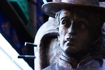 the sculpture of Charlie Chaplin Tsereteli