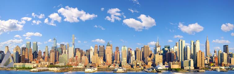 Manhattan Midtown skyline panorama over Hudson River, New York