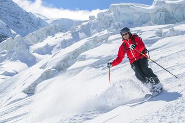 spektakulär Skifahren am Grenzgletscher in der Monte Rosa