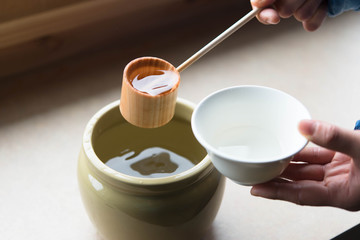 日本酒 柄杓 お猪口