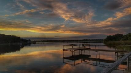 Lake sunset 09021
