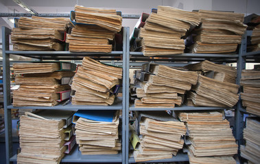 Newspapers archive in batches