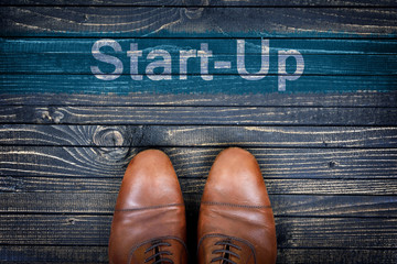 Start-up message and business shoes