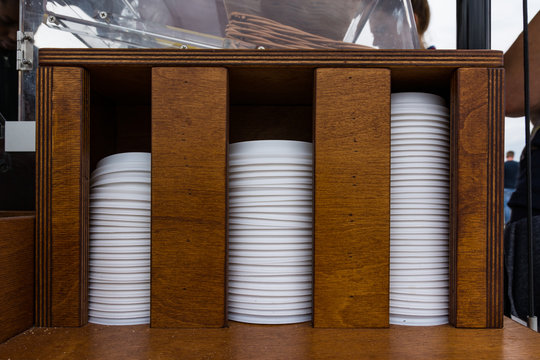 Stacked Coffee Lids Holder Increasing Pattern