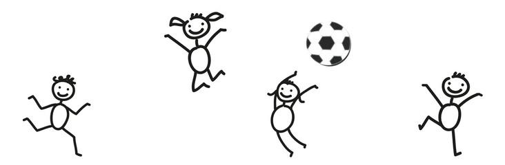 Ball Spielen Frohliche Kinder Spielen Mit Einem Fussball