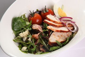 Salad with chicken breast and Bacon
