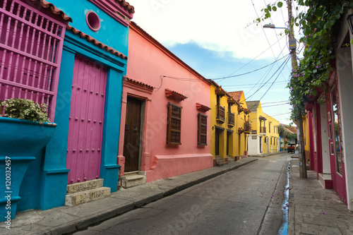 Fototapete Colorful Colonial Architecture