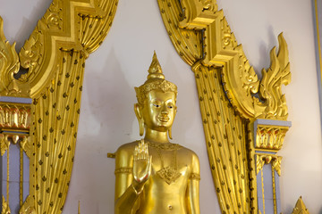 Golden Buddha statue at Wat Sothorn, Chachoengsao Thailand