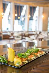 Foto auf Acrylglas Vorspeise fresh salmon entree