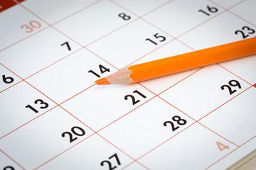 Pastello arancione su calendario