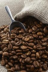 麻袋に入ったコーヒー豆