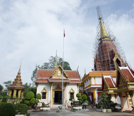 Wat Chang Hai Ratburanaram for people visit and pray Luang Pu Th