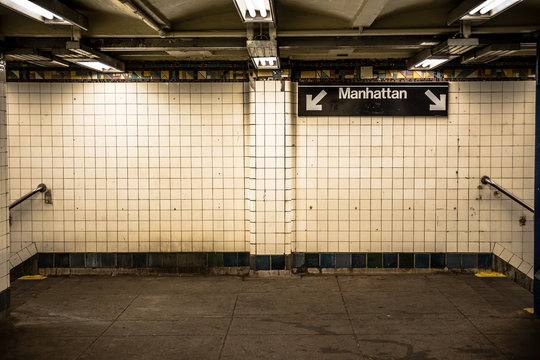lonely new york subway