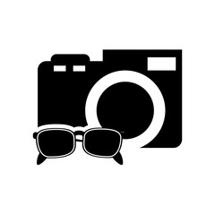 flat design photographic camera and sunglasses  icon vector illustration
