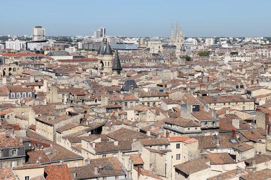 Bordeaux  Vue panoramique sur les toits et les monuments