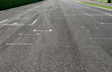 Motorsport straight track and start position