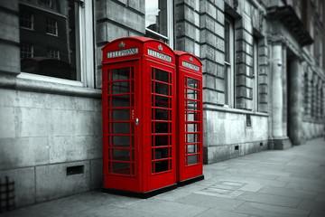 Cabines téléphoniques à Londres .