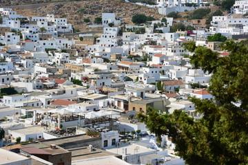 toits du village de Lindos à Rhodes