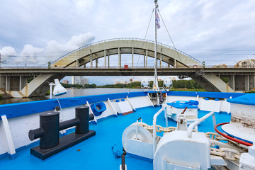 Iron bridge ship