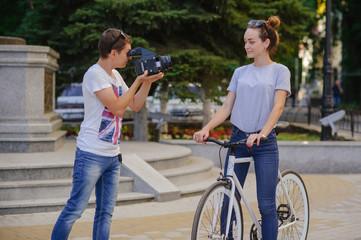 photographer shoots model