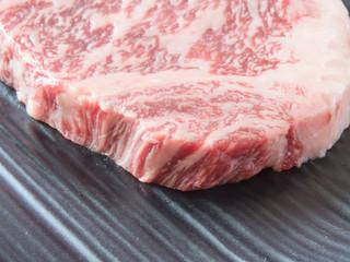 国産和牛のステーキ