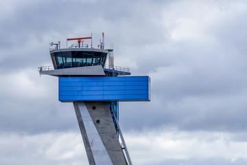 Flughafen Tower mit Copyspace