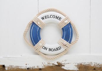 Welcome on board. Holz Schild für Mitglieder oder business Konzept für Neues und Herausforderungen.