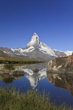 Switzerland, Valais, Zermatt, Matterhorn (Cervin) Peak and Lake Stelli