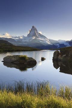 Switzerland, Valais, Zermatt, Lake Stelli and Matterhorn (Cervin) Peak