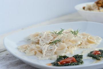 Farfalle Pasta - with cream sauce, pesto and tomato