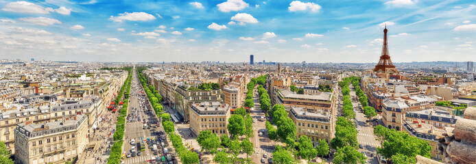 Poster Paris Beautiful panoramic view of Paris from the roof of the Triumphal
