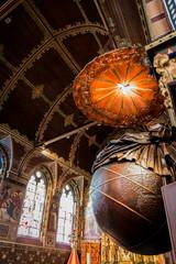 Dans la Basilique du Saint-Sang de Bruges
