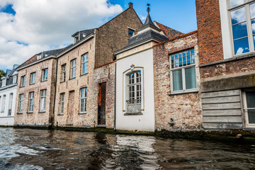 Le long des canaux de Bruges  la Venise du nord