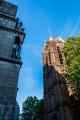Le campanile et la cathédrale Notre-Dame-de-la-Treille à Lille