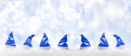 Blaue Weihnachtsmützen