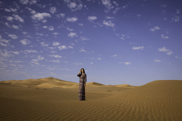 Model Anna in the Rub'al Khali
