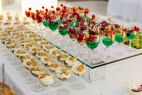 Essen Hochzeit Dessert Nachtisch Stock Photo And Royalty Free