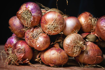 Fresh organic onions from Cuban market