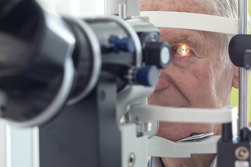 Eye examination at the slit lamp