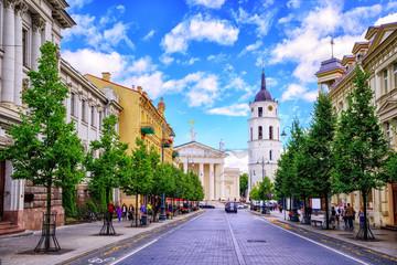 Aleja Giedymina i rynek katedralny, Wilno, Litwa