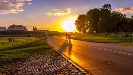 Dresden Sonnenuntergang elbradweg tagesende