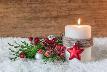 Weihnachtsstimmung Kerze Schnee Advent