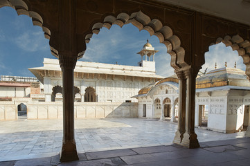 Fotomurales - Red Fort  located in Agra, India.