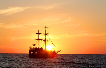 sailing ship vintage sea sunset