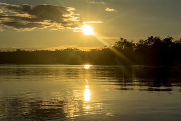 アマゾン川の夕景