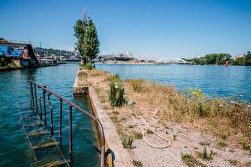 Le bassin de joute de La Mulatière et la pointe de la Confluence du Rhône et de la Saône