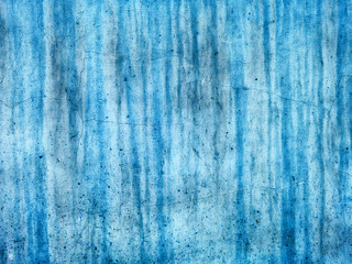 aquamarine wall painted with a textured paint roller