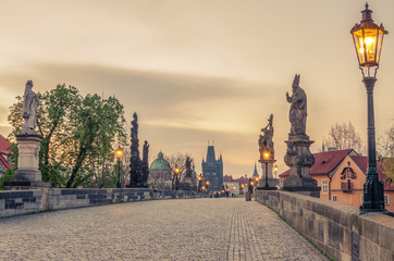 Fototapete - Prague, Czech Republic: Charles or Karluv Bridge in the sunrise